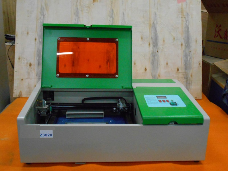 Лазерный станок с ЧПУ Z3020