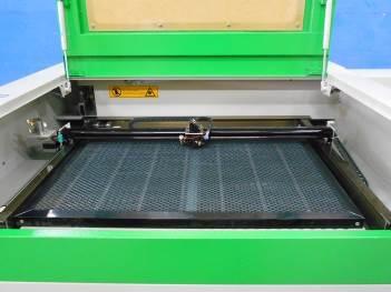 Рабочий стол лазерного станка Z4060